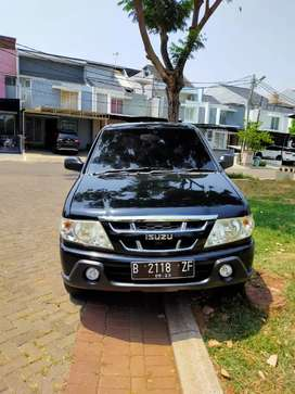 Isuzu Panther LV Manual