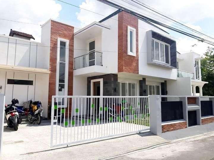 Dijual Rumah Baru Siap huni ada kolam Renang di Jl. Magelang JCM 0