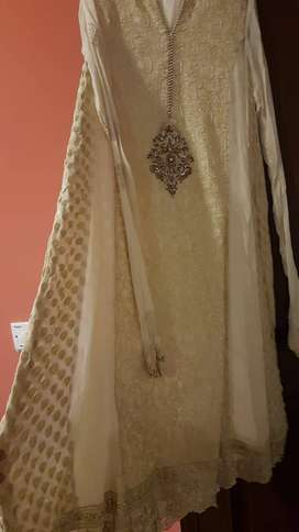 New white formal embroidered suit