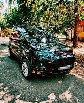 Pitch Black Ford Ecosport Titanium plus