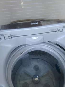 LG washing machine ,8.0 kg