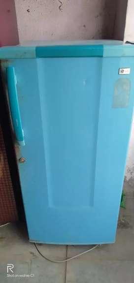 Single door freez