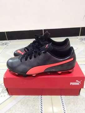Sepatu Bola Puma Rapido FG