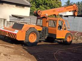 Crane for sell