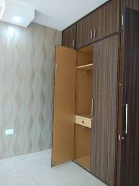 3bhk floor with car parking.