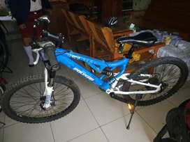 Sepeda polygon ukuran ban 24