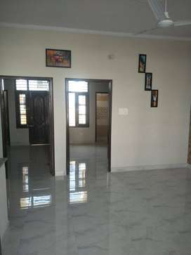 Ready to move 2 bhk flat