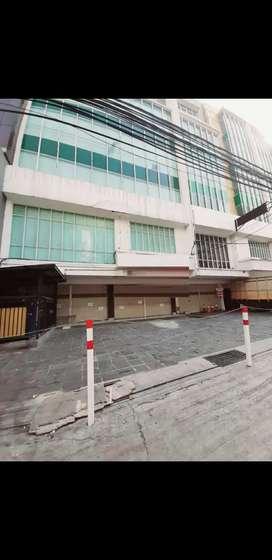 Ruko Disewakan di Kebon Kacang Jakarta Pusat