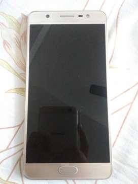 Want to sell my Samsung Galaxy j7 max urgent