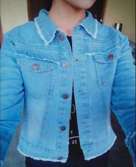 Woman's Full Sleeve Denim jacket