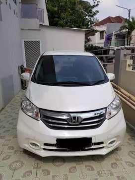 Jual Honda Freed E, AT 2014
