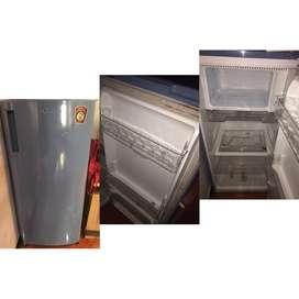 Refrigerator (kulkas) LG
