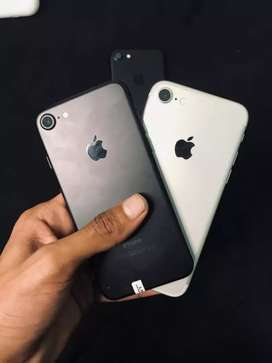 IPhone 7 128gb Non PTA and PTA Approved