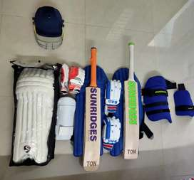 PROFESSIONAL PLAYER CRICKET KIT @25,000