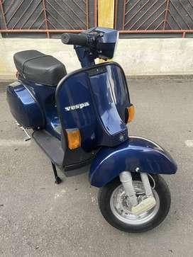 Vespa P150XE exclusive 2 th 2000 plat D kaleng panjang siap pakai