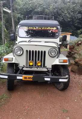 Mahindra jeep 4 wheel drive All papers clear and good condition