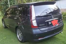 Mitsubishi grandis 2011