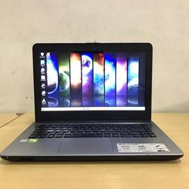 Laptop Asus X441UV I3-7100U SEGEL pemakaian 1 Tahun
