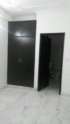 1 Room Set is Available for Rent in Saket