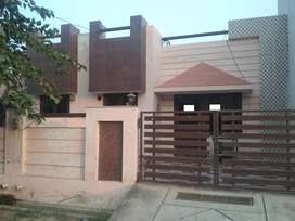 (KILA ROAD JAIL CHUNGI MEERUT) 122 YARD NEW SIMPLEX HOUSE 33 LAC EACH