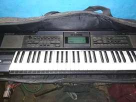 Roland  e09 in keyboard