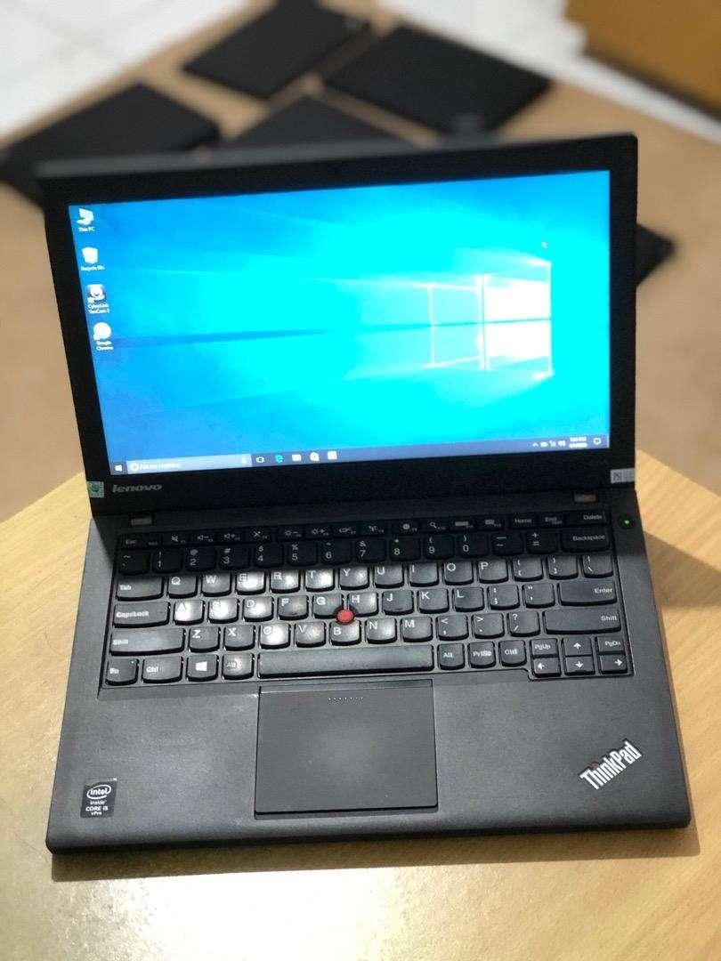 Thinkpad X240 i5-4300U Ram4 Hdd320 Baterai Mantab 0