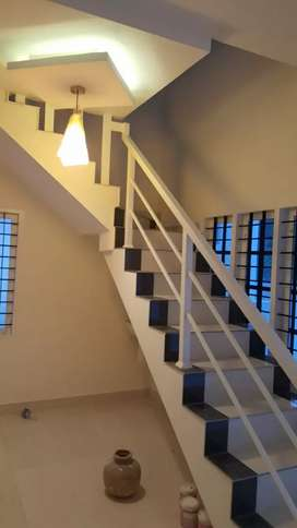 1 BHK ac upstair house for bachelor's