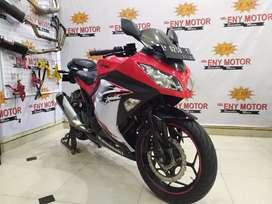 Kawasaki Ninja 250 CC type ABS SE tahun 2013 mulus
