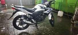 Sepeda motor CB  150 R