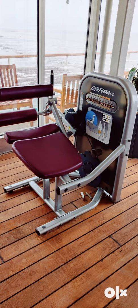 Life fitnesUSA(circuit series)No weight stage total 10 station