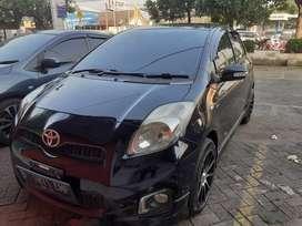 Toyota Yaris type e 2013