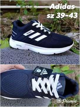 Sepatu Adidas berkualitas