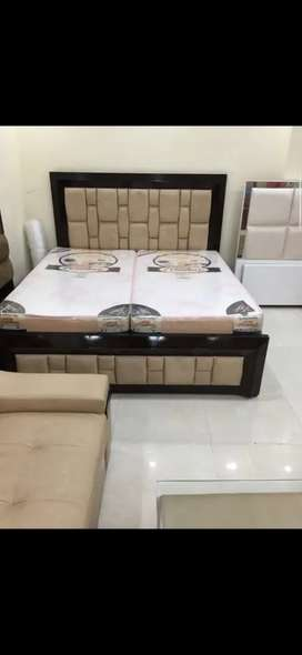 Double beds king size 6x6 in heavy material