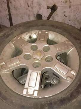 Mahindra xylo Alloy wheel 15 no