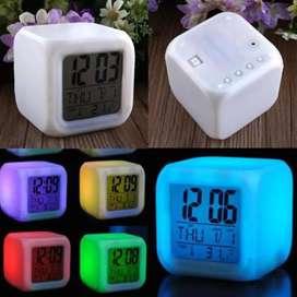 Jam Moddy Alarm LED Warna-warni
