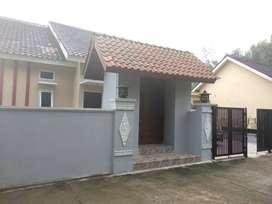 Villa Full Furnished - Margodadi Sleman Yogyakarta - Pemandangan Sawah