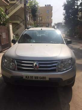 Renault Duster silver