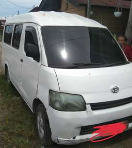 granmax minibus tahun 2010