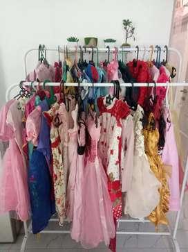 Dijual preloved koleksi pribadi kesayangan baju princess anak