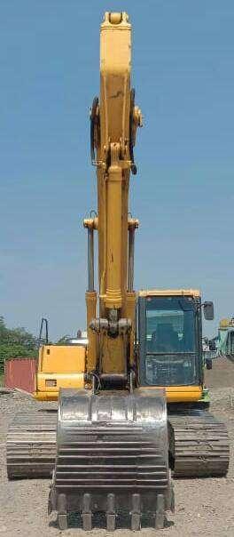 Excavator Komatsu model PC200-6