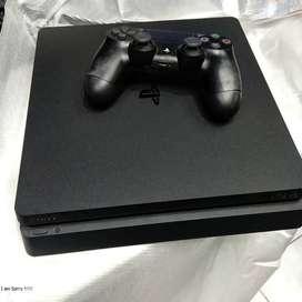 PS4 Slim 500GB - PS 4 Slim 500 GB