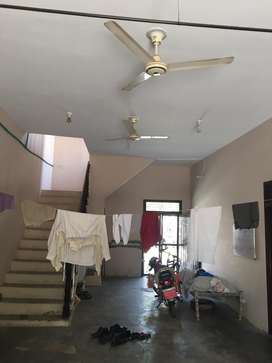 Near G.T Road, St-12 foot, Sui Gas available. Price less, money need