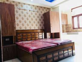 full furnish room for rent in dlf phase 3 gurgaon