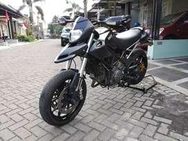 Moge Ducati Hypermotard 796