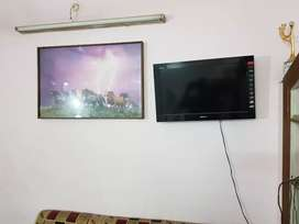 Sony color tv LCD for sale