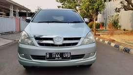 Toyota Kijang Innova V Manual 2005 light green dp 14 jt negoo