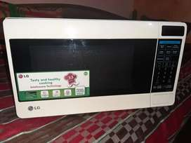 LG microwave in new condition