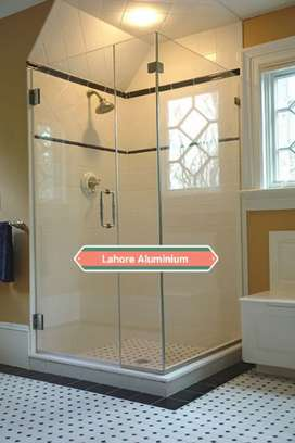 Shower Glass Room 800 square feet