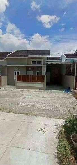 Rumah baru siap huni di jln wates km 7 dkt ke RS pku muhamadiyah