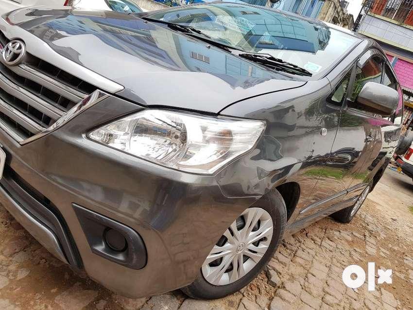 Toyota Innova 2.5 GX 8 STR BS-IV LTD, 2016, Diesel 0